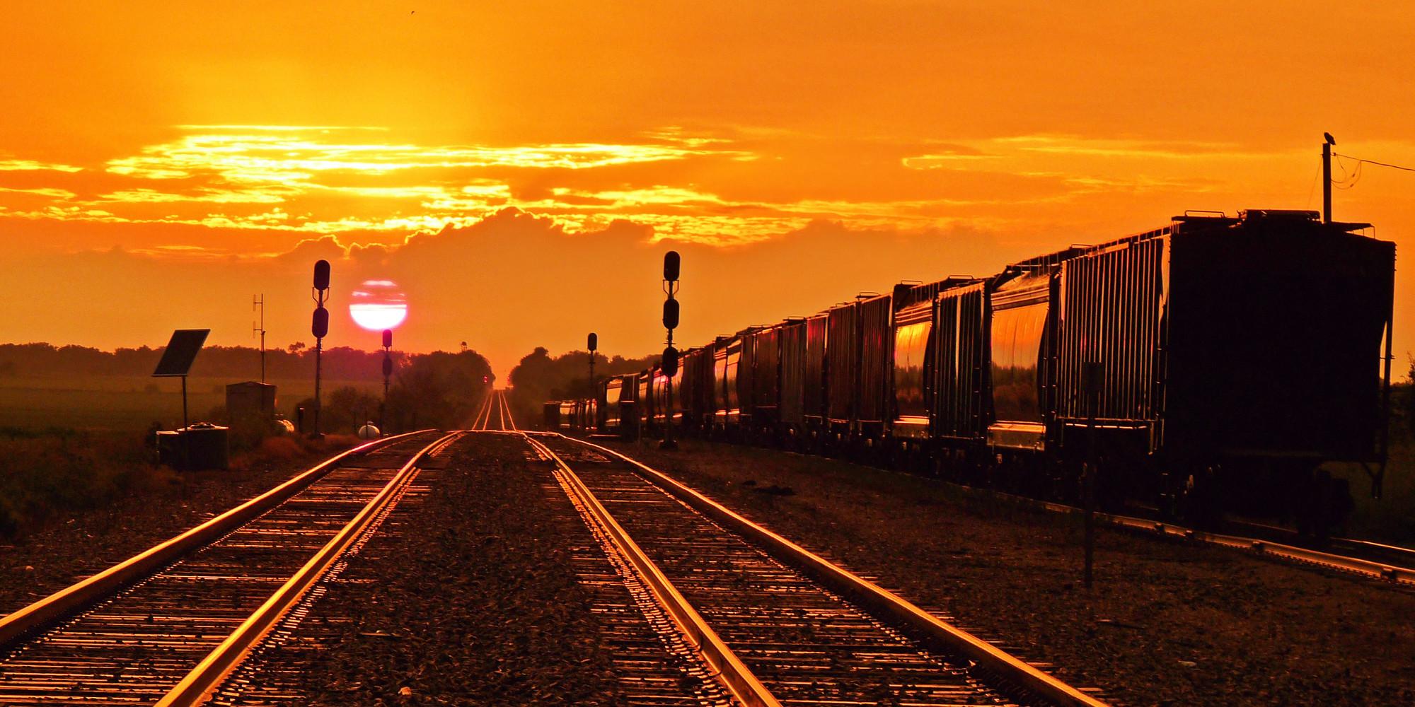 news climate change warp railroad tracks sun kinks