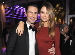 Adam Levine Marries Behati Prinsloo!