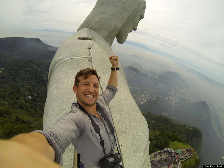 christ redeemer selfie