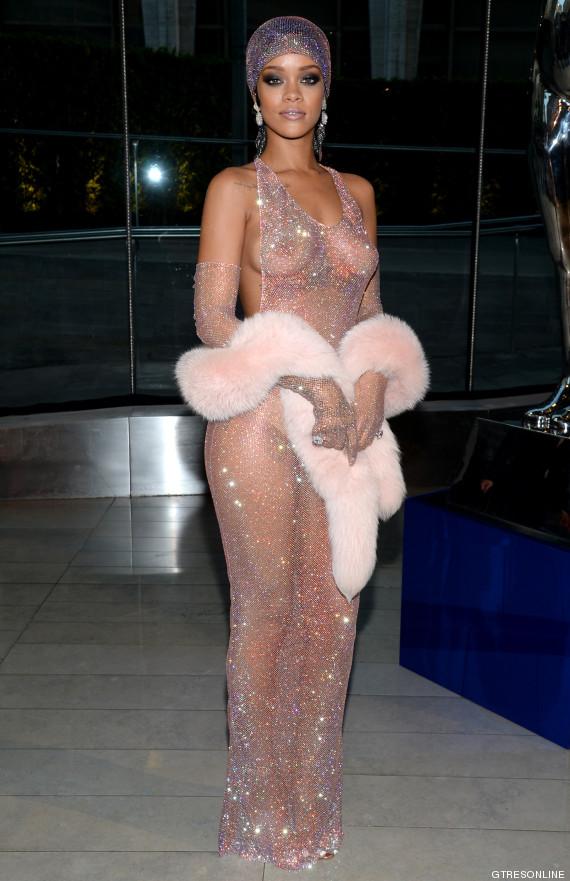 Rihanna nackt: Sie zieht blank! Hier zeigt badgalriri ihr