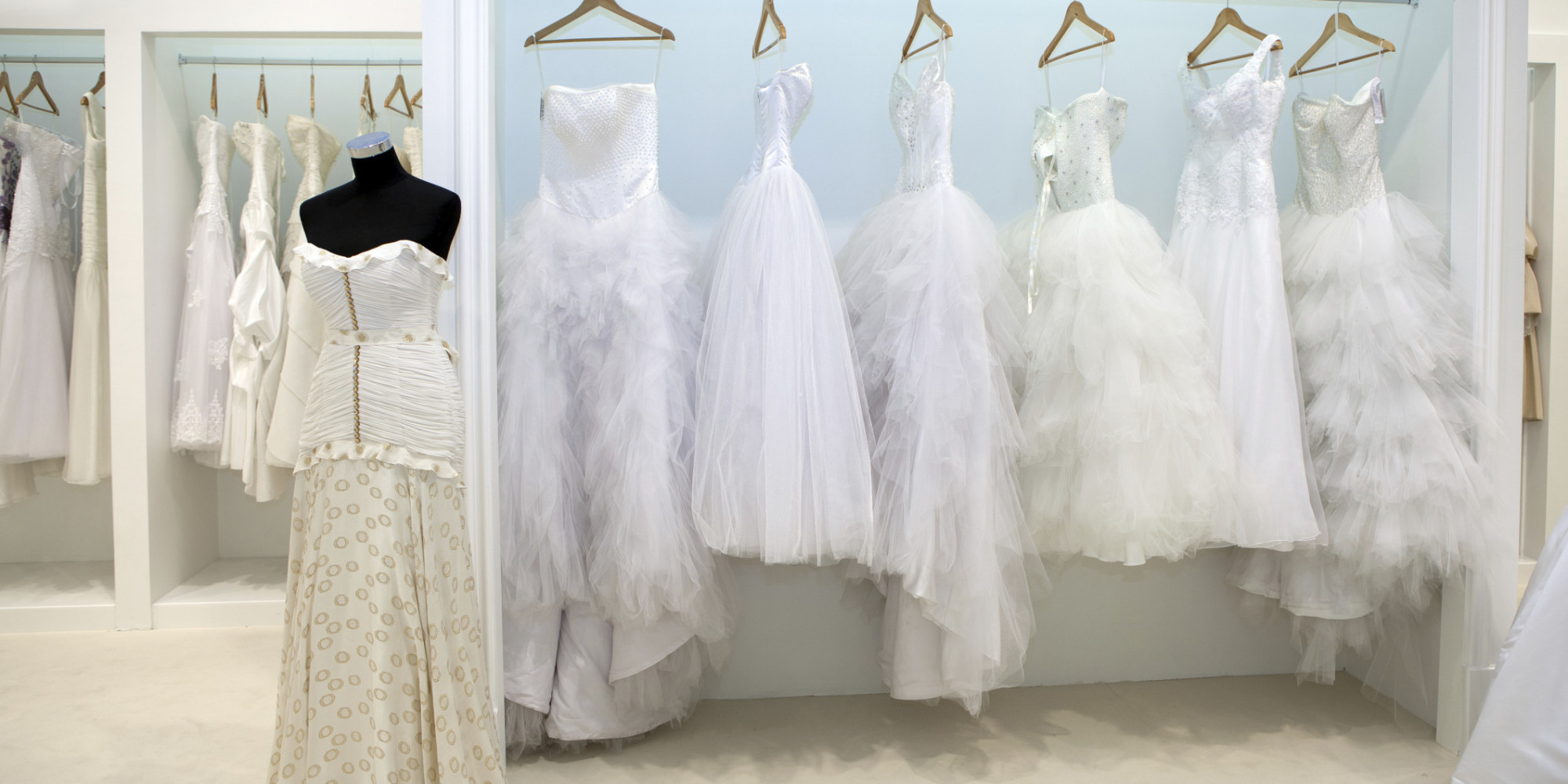 The 5 biggest mistakes brides make when shopping for a for Best wedding dress shops