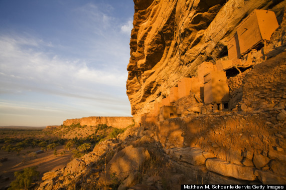 dogon cliff houses