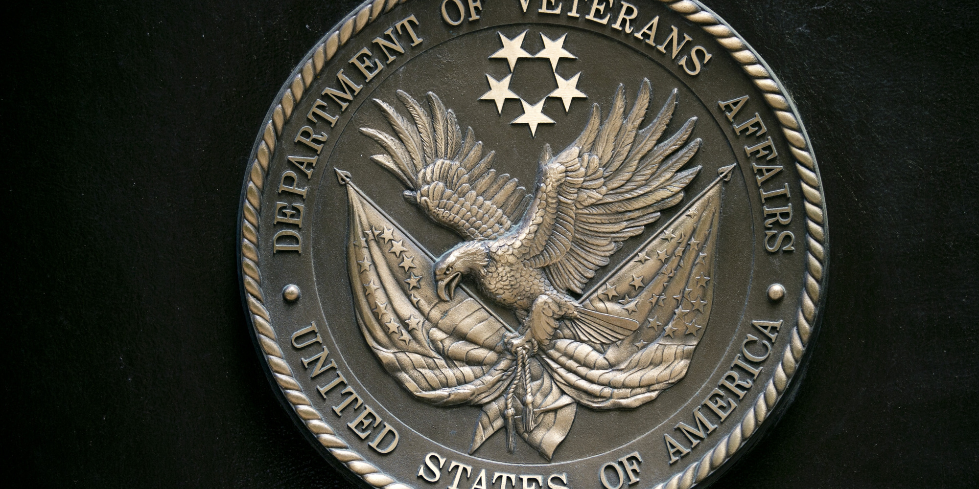 va health care nominee withdraws name from consideration