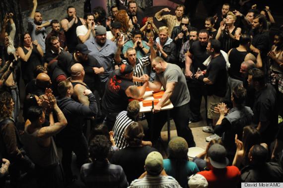 arm wrestling crowd