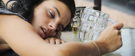 WOMAN SLEEP ALCOHOL