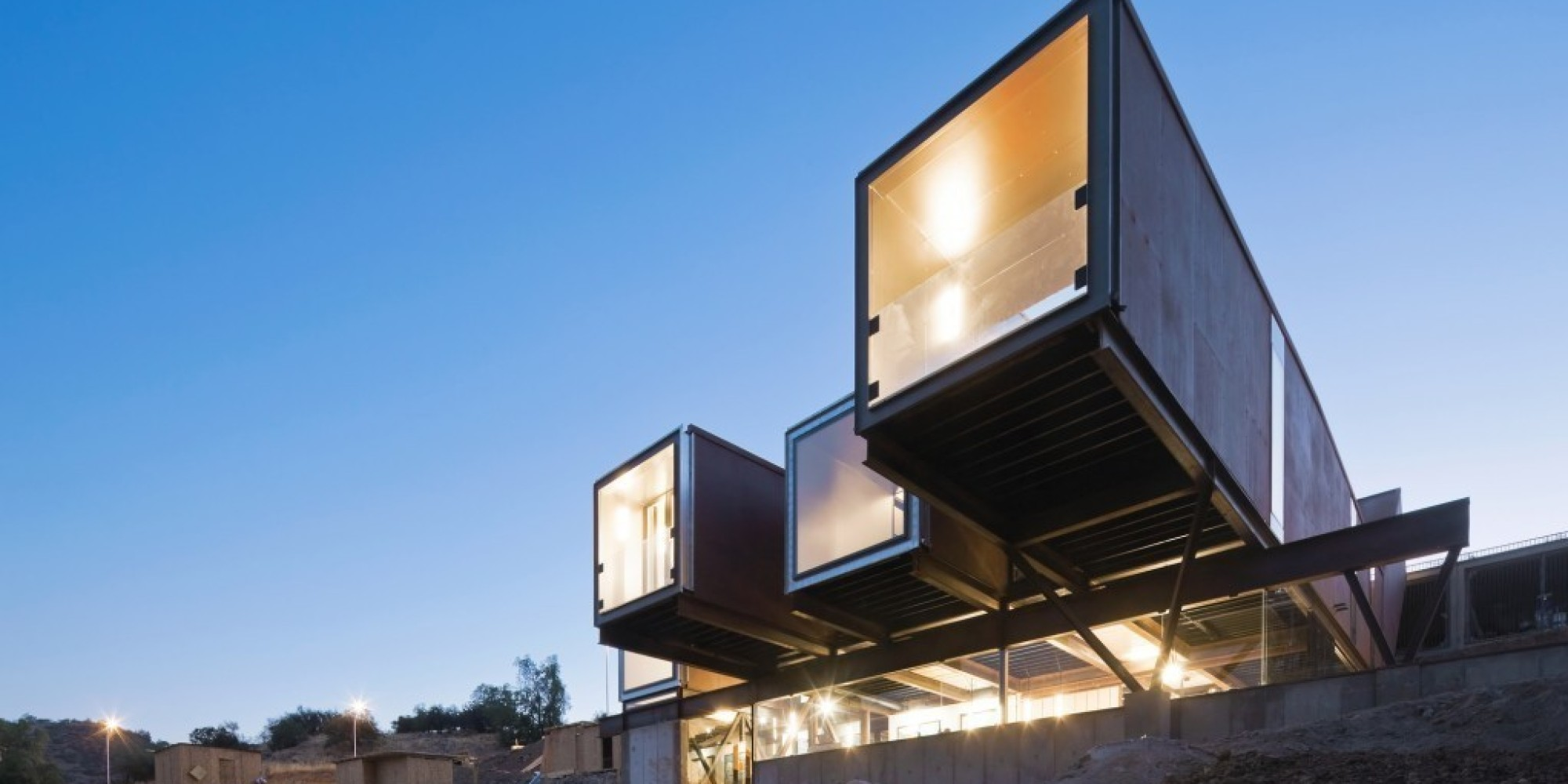 Shipping Container Home 2000 x 1000