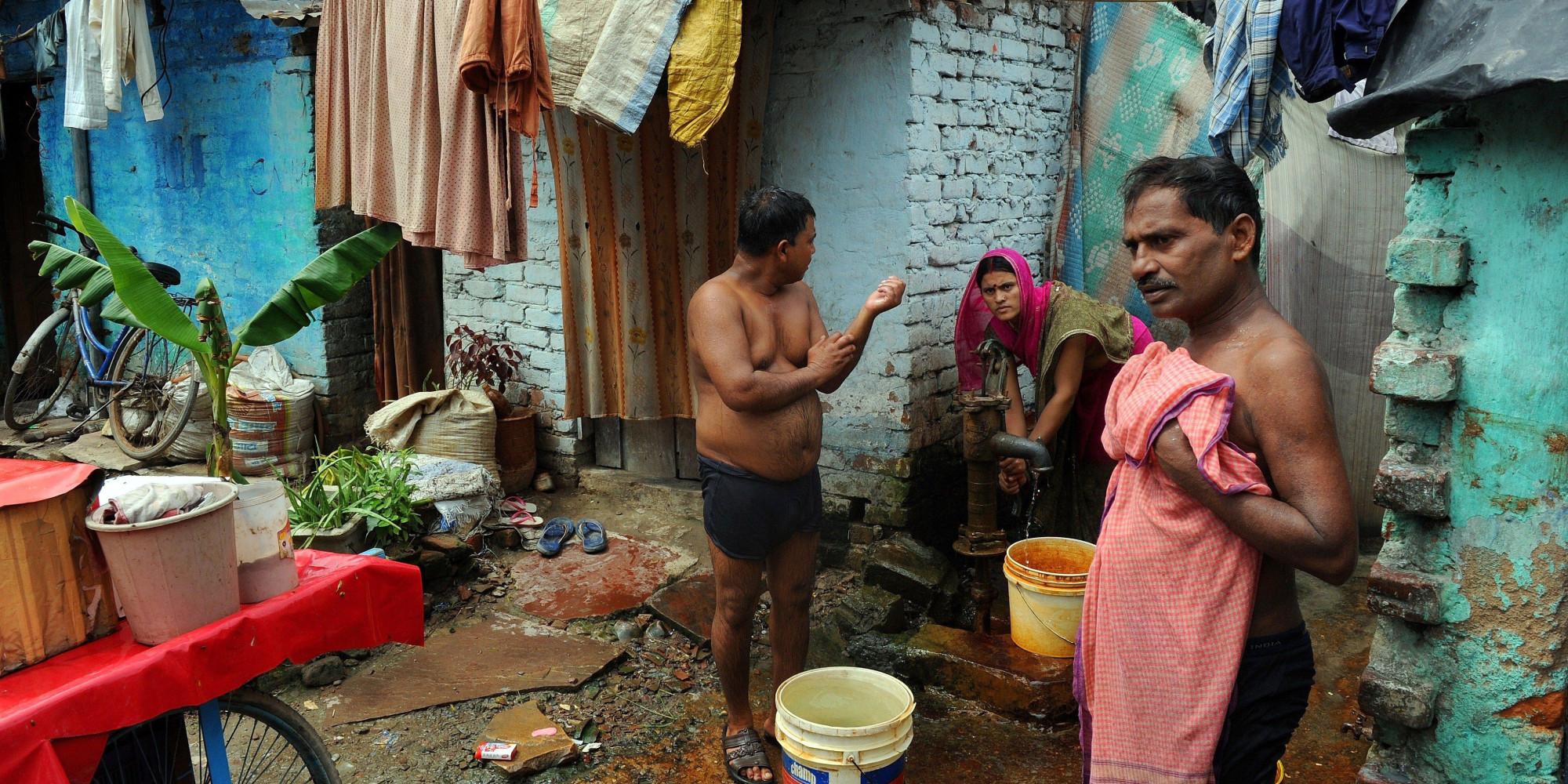 How to Make Sure Urban Slum-Dwellers Take Their Medicine ...