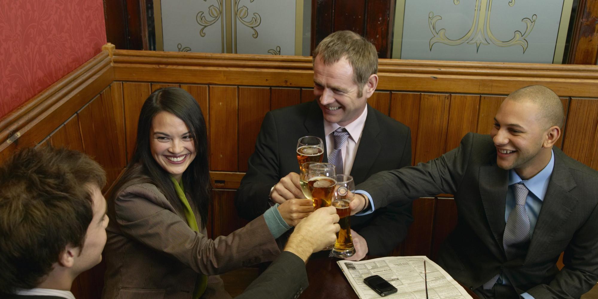 5 social blunders people make at bars huffpost