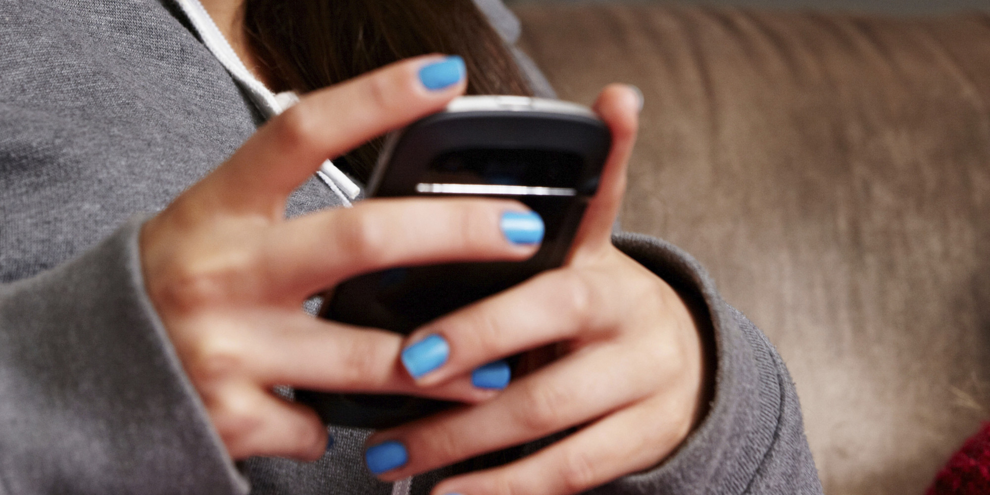 American Teens Ignore Text And 90
