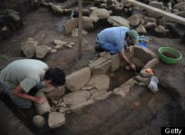 Stoneage prehistoric dildo found in sweden