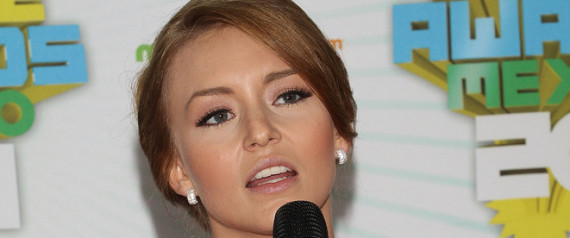 ANGELIQUE BOYER MAMA MUERE