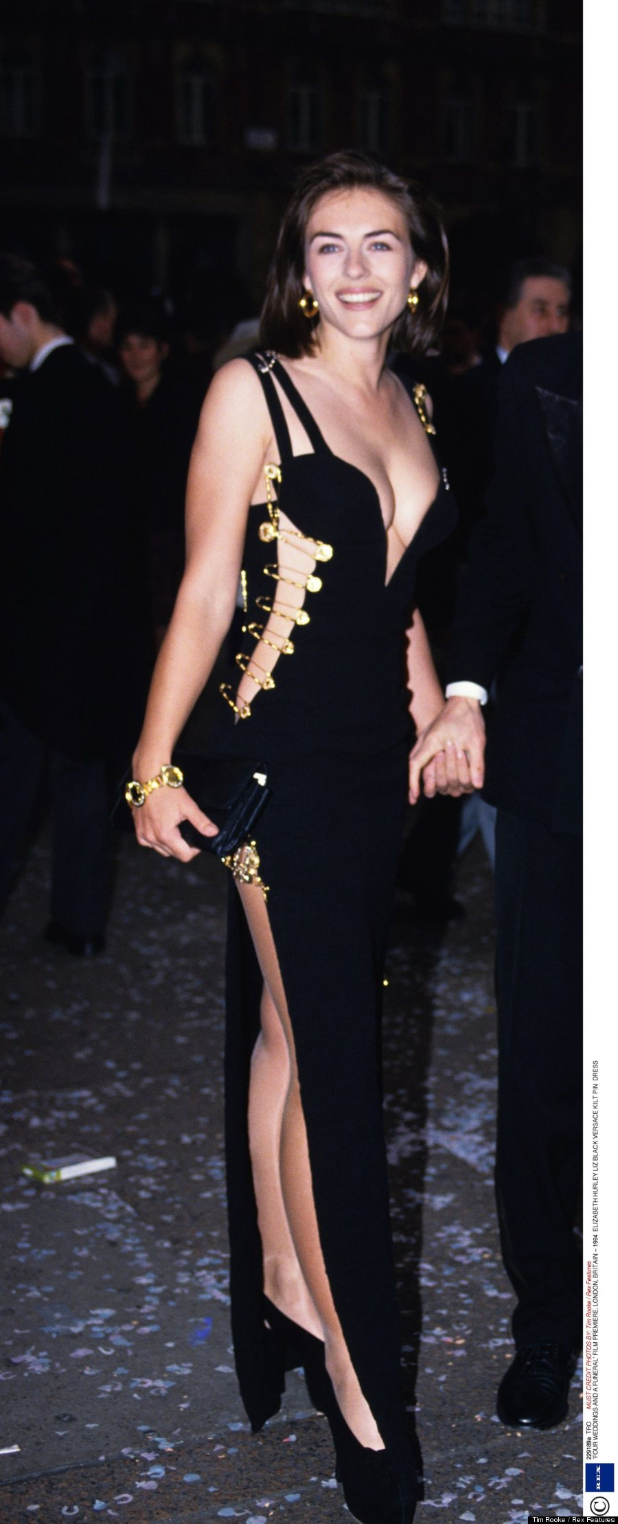 Jennifer Lopez S Versace Safety Pins Dress Is A Total 90s
