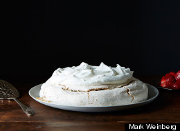 How To Make A Crunchy Peanut Butter Pavlova