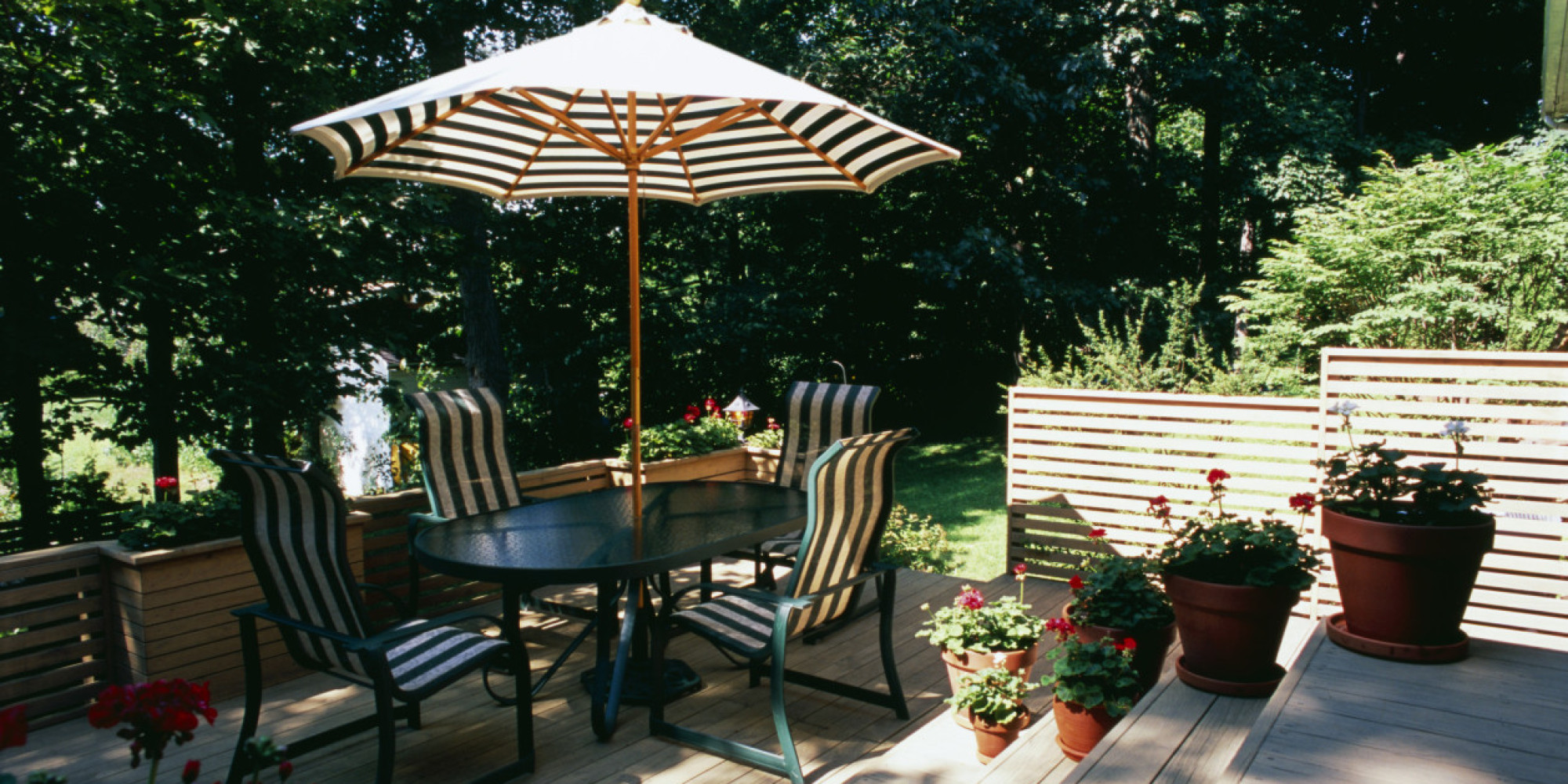 6 Brilliant and Inexpensive Patio Ideas for Small Yards ... on Economical Patio Ideas id=29340