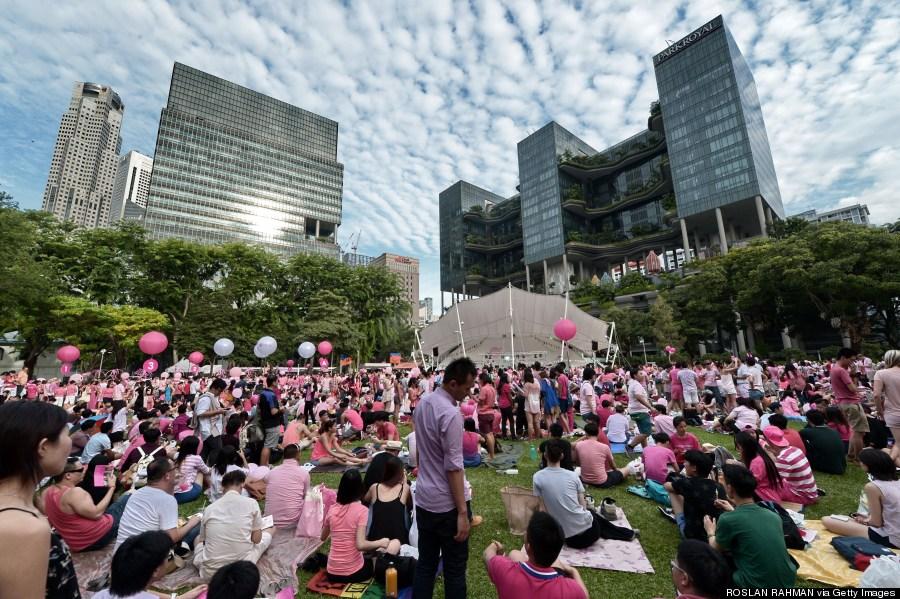 singapore pink dot