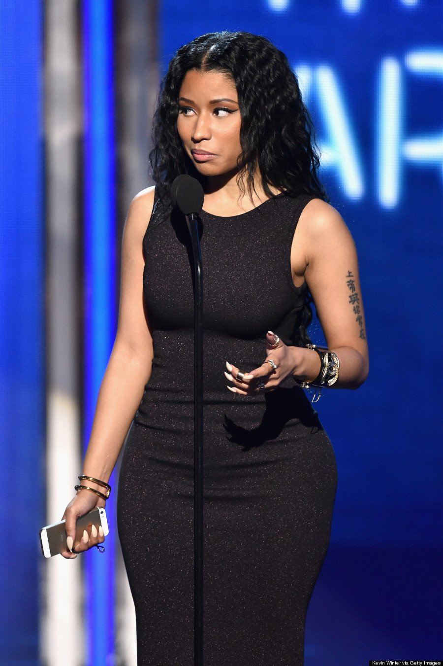 Nicki Minaju0026#39;s BET Awards 2014 Outfits Are Like Night And Day