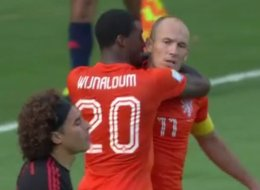 Absorbing Player Cam Footage Of Robben Before, During And After 'Dive'