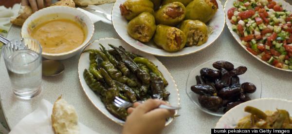 Towards A Sociology Of Turkish Food: Zeynep Kilic's <i>Tables of Istanbul</i>
