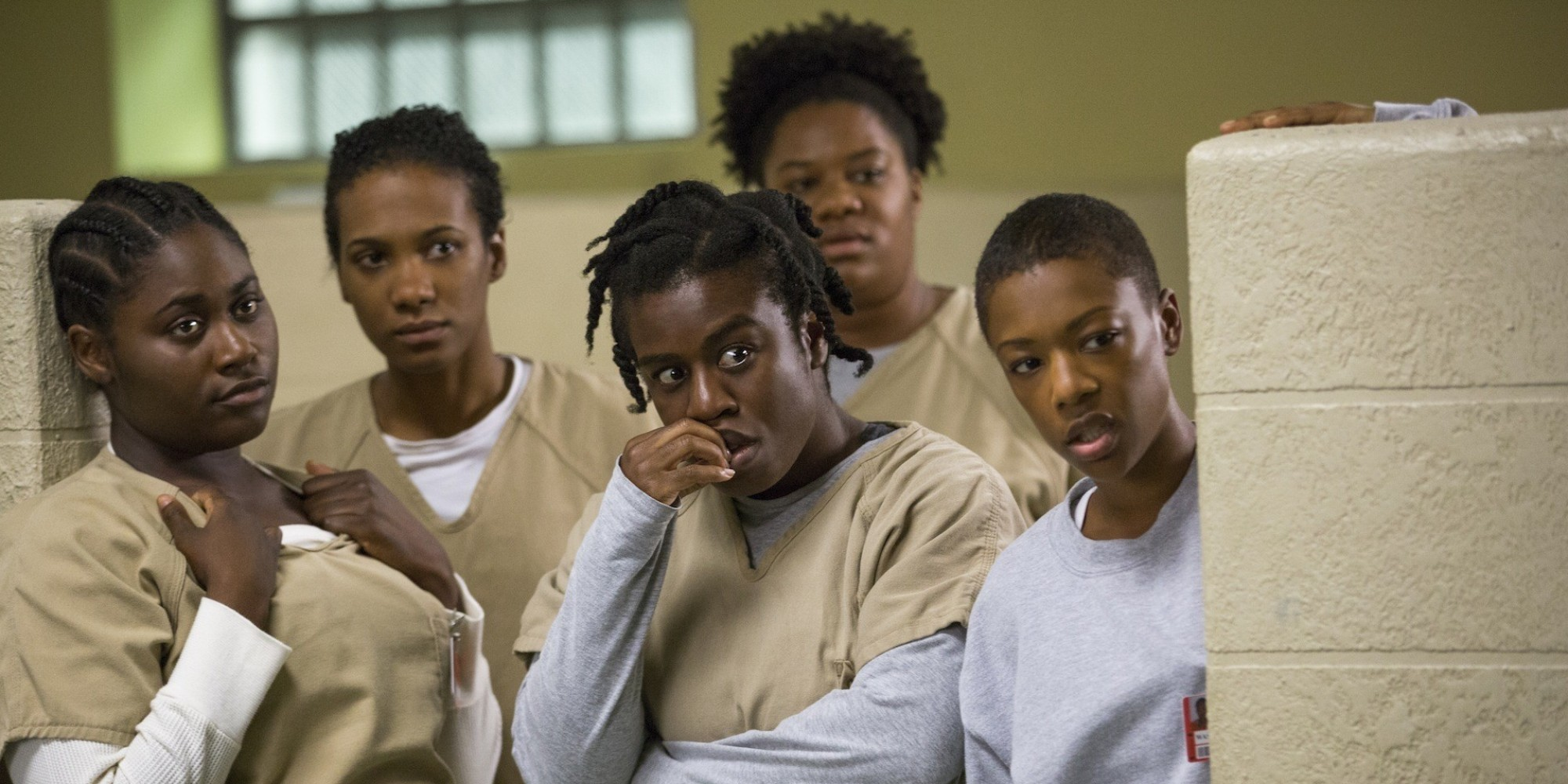 39 orange is the new black 39 season 2 review the rage under the entertaining surface huffpost. Black Bedroom Furniture Sets. Home Design Ideas