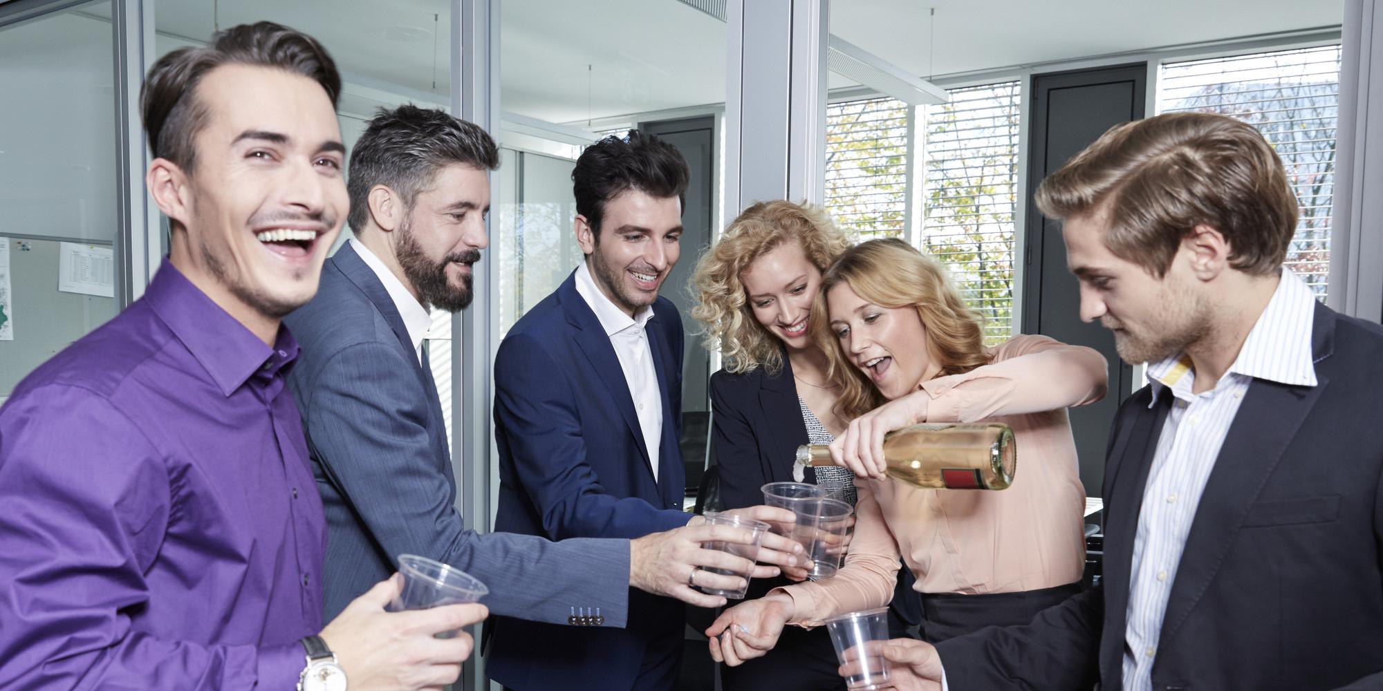 alcool au travail  les entreprises vont pouvoir interdire