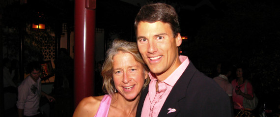 GREGOR ROBERTSON WIFE AMY