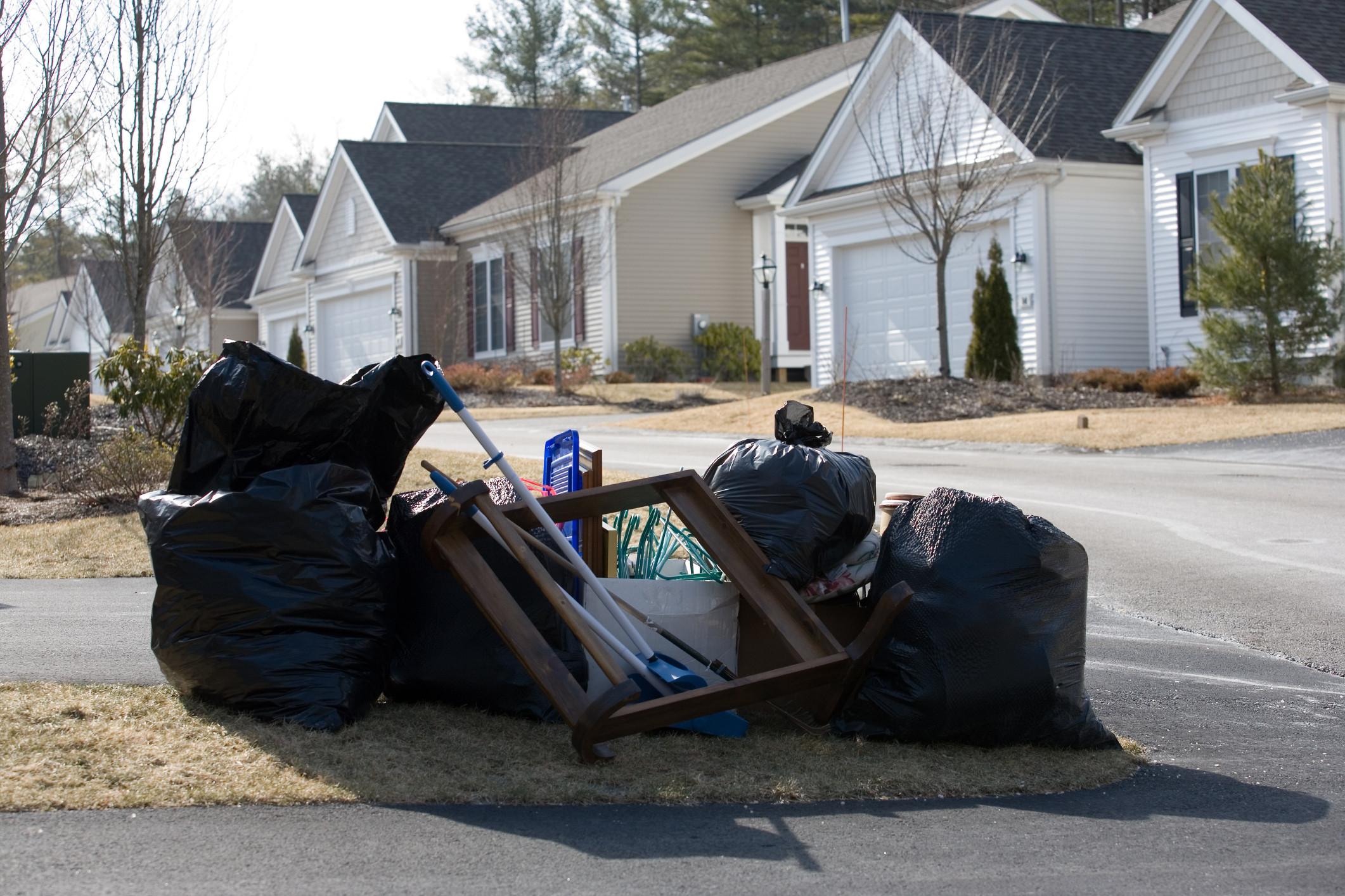 neighbors trash