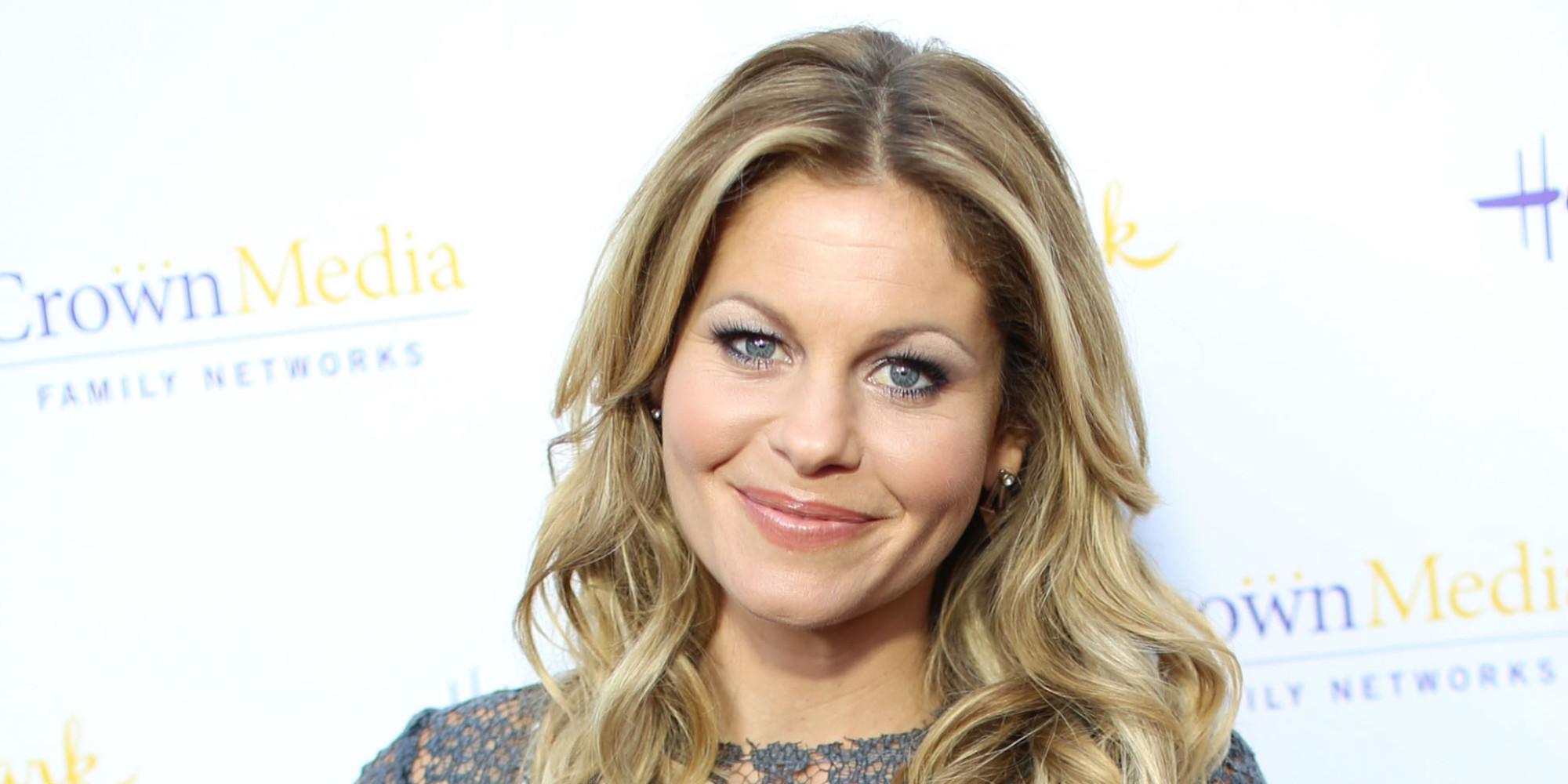 candace cameron bure hits the beach in a bikini