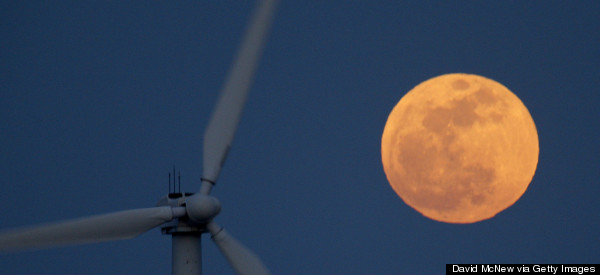 Spectacular Supermoon To Appear In Tonight's Sky - So Look Up