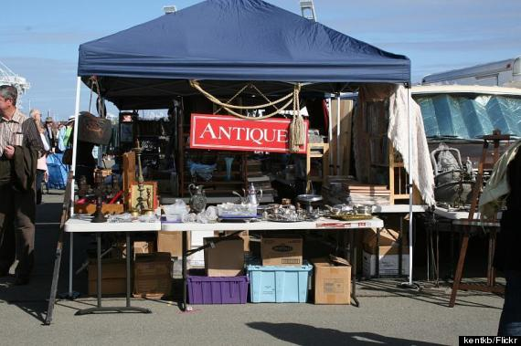 the only guide you need to the best flea markets in america huffpost. Black Bedroom Furniture Sets. Home Design Ideas