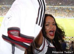 Mondial 2014: Rihanna aura soutenu à peu près toutes les équipes (PHOTOS)