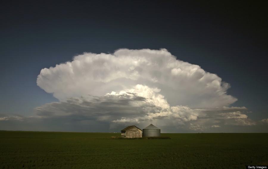 saskatchewan clouds