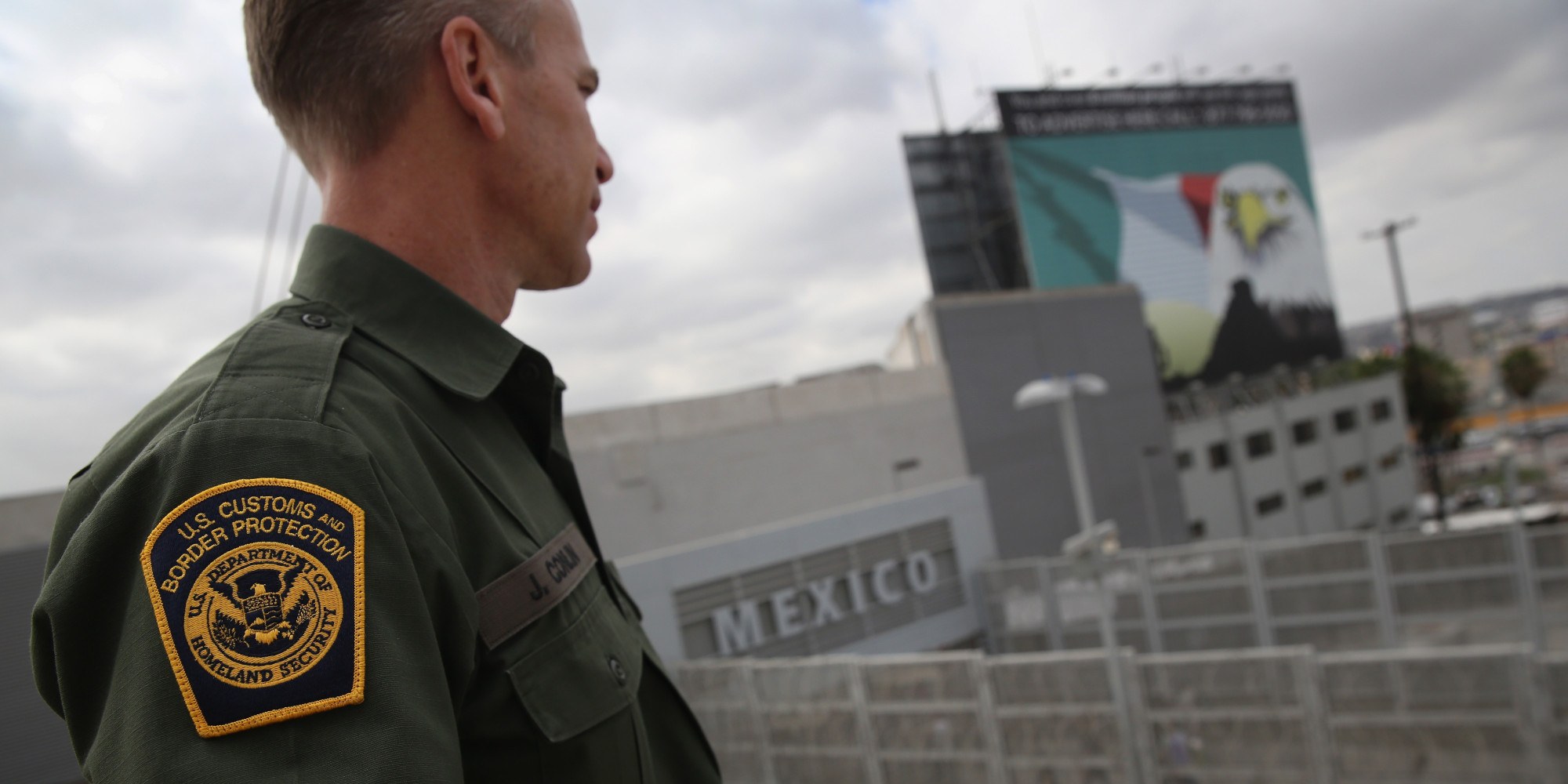 protecting the us mexican border essay