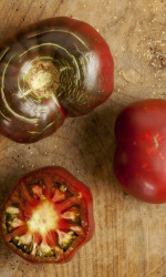 The Reason Heirloom Tomatoes Are Just Plain Better