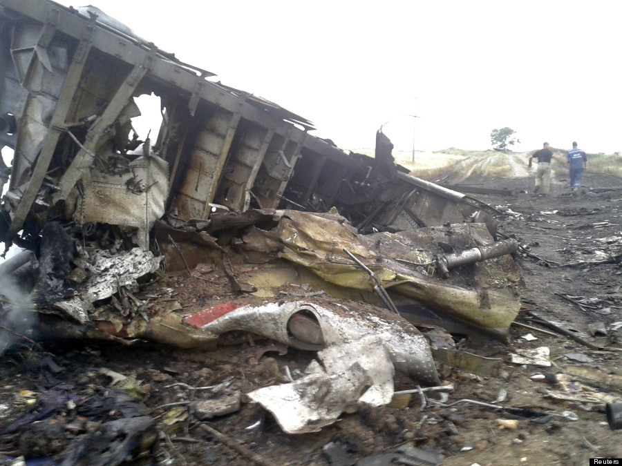 helicopter accident reports with Mh17 Malaysia Ukraine Pic N 5595821 on FreemanSTART together with Fort Carson Goes Partial Lockdown Amid Shooting Situation N209351 likewise 6464999 furthermore Plane Carrying 72 Passengers Including Brazilian Football Team Crashes Colombia Reports Say in addition Saipem 7000 Pipe Layer Platform.