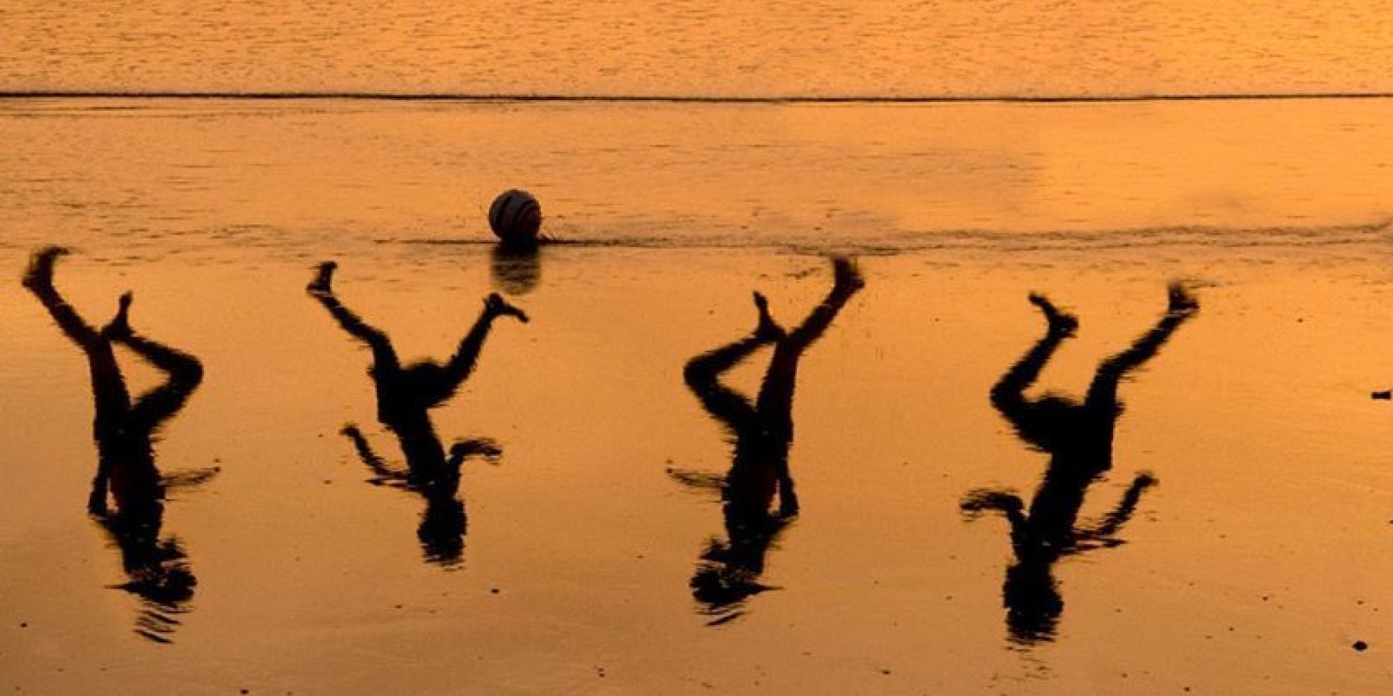 Israeli Artist Creates Heartbreaking Tribute To Four Boys Killed On Gaza Beach