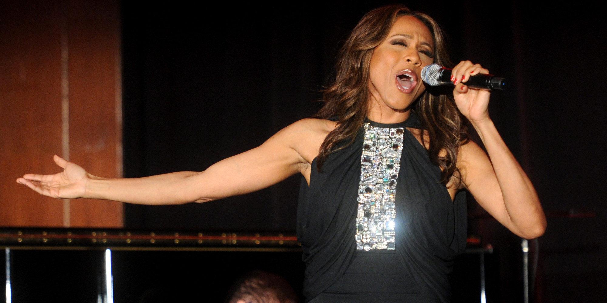 Listen To Deborah Cox 39 S Version Of Whitney Houston 39 S 39 I
