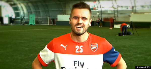 Arsenal Players Practise Their American Accents.. Badly