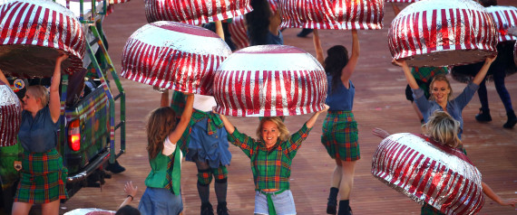 GLASGOW OPENING CEREMONY TUNNOCK