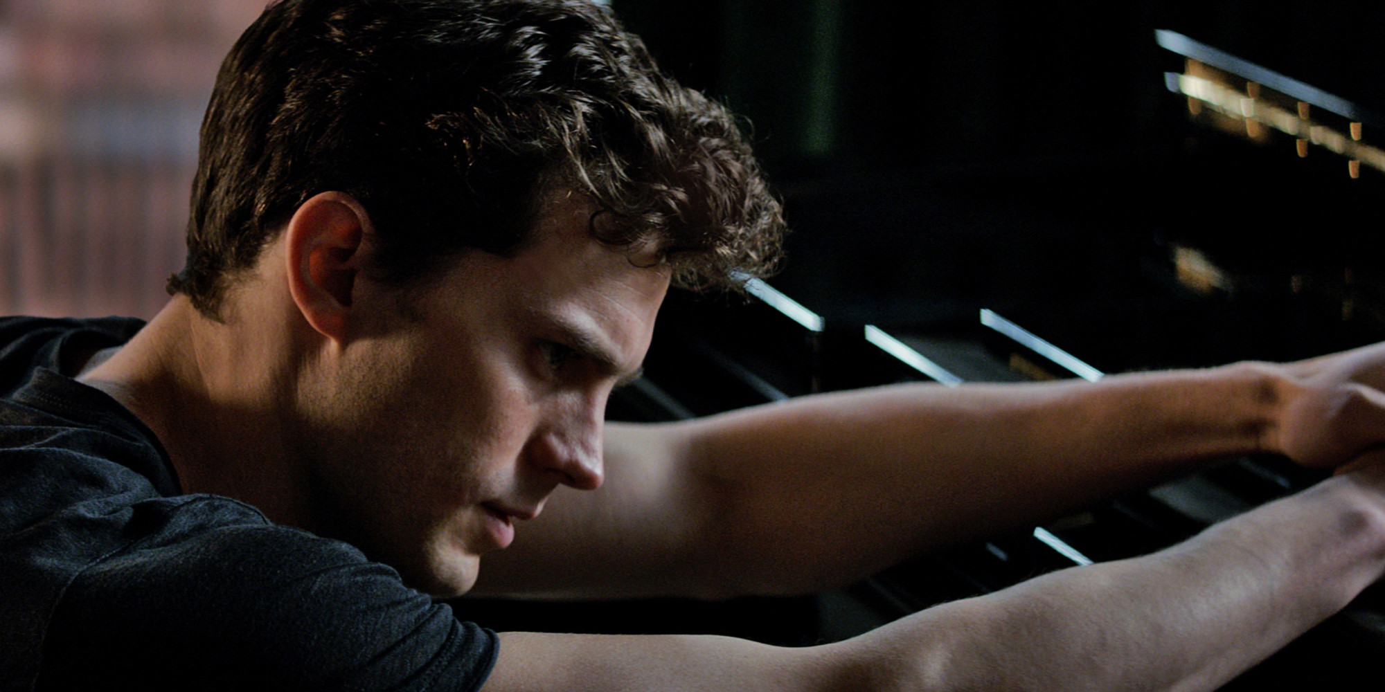 39 50 shades of grey 39 s jamie dornan smoulders in latest for Film 50 shades of grey