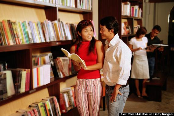book couple choosing