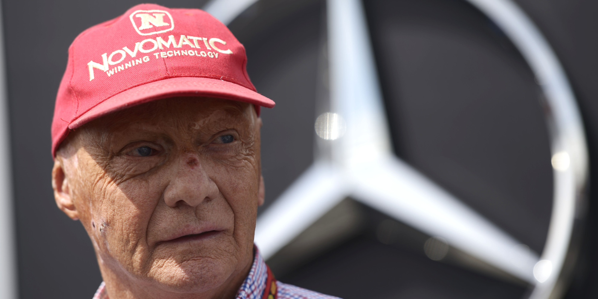 niki lauda apologises for 39 s ferrari 39 comment huffpost uk. Black Bedroom Furniture Sets. Home Design Ideas