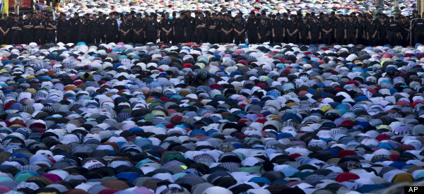 Eid Mubarak! 41 Pictures Of Muslims Celebrating The End Of Ramadan
