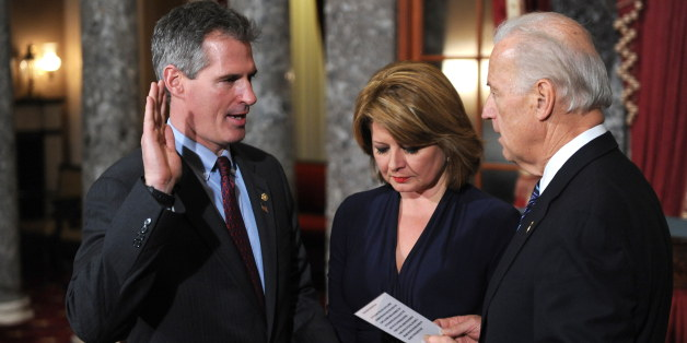 how did scott brown meet gail huff