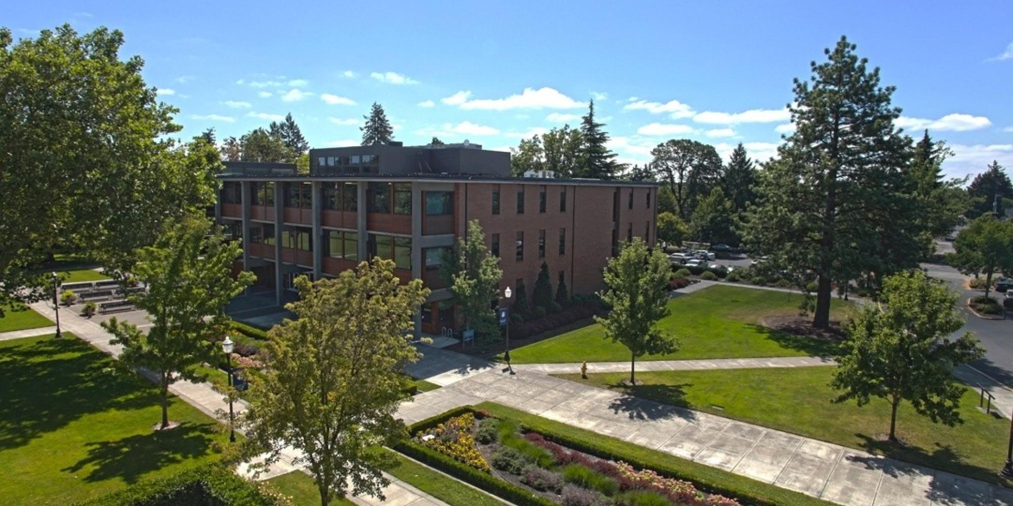 Loyola College Campus Tour