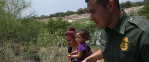 KIDS BORDER TEXAS