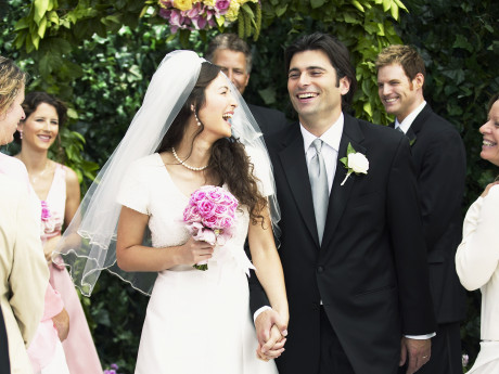 10 Thoughts Every Bride Has At The Altar