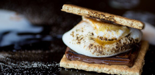How To Make Mochi S'mores, aka S'MOCHI