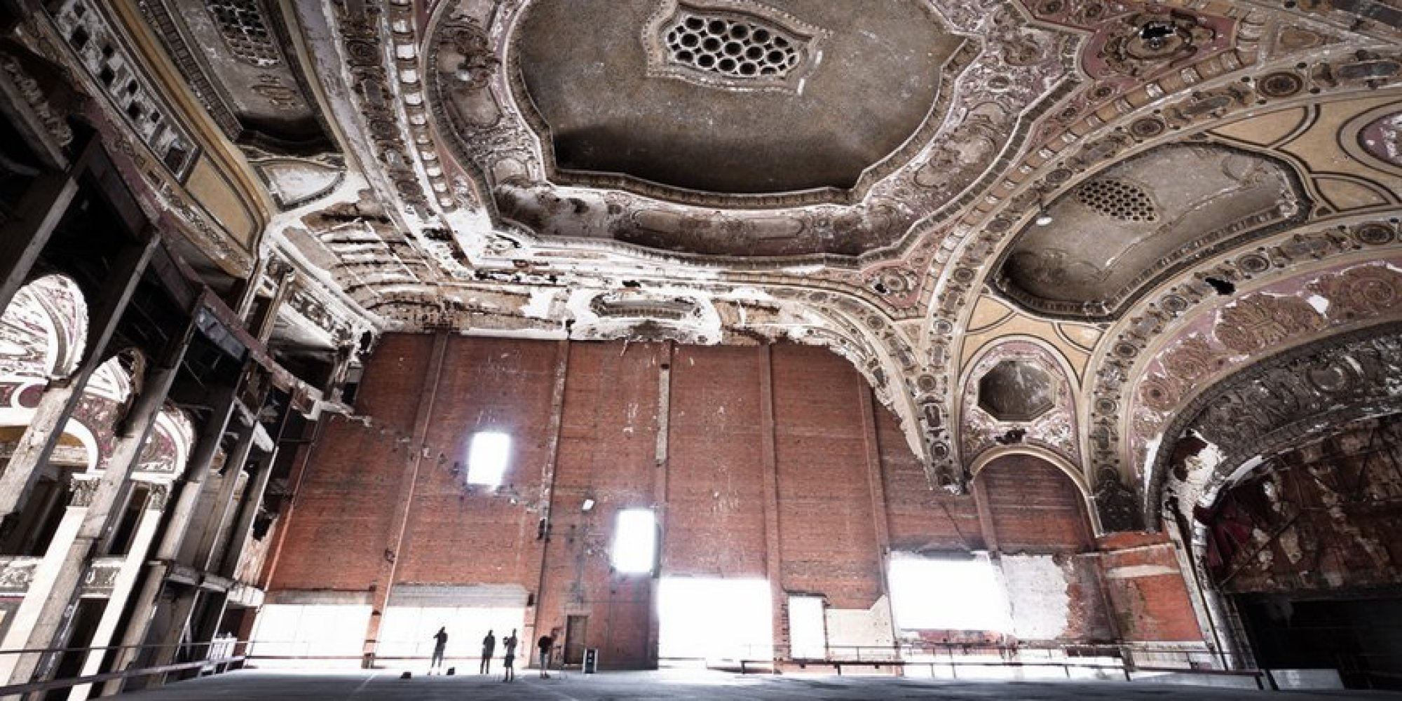 unique ideas for garages - How A Historic Movie Palace Became America s Most Unusual