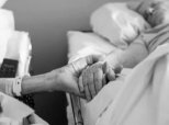 Couple Of 62 Years Held Hands Until The Very End, Dies 4 Hours Apart