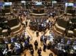 In Striking Shift, Small Investors Flee Stock Market